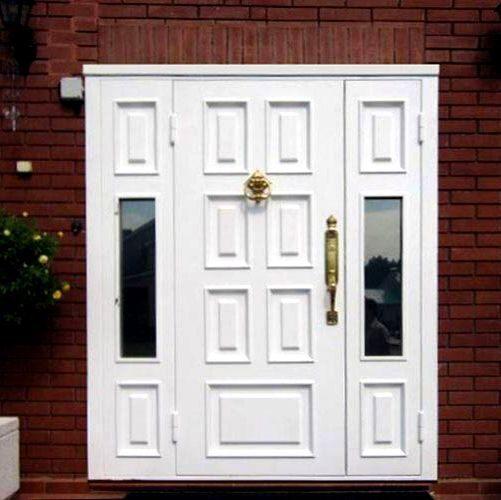входная дверь в дом для коттеджа